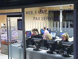 Cybercafé à Édimbourg (Écosse)