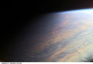 Le terminateur terrestre au dessus de l'océan, photographié à partir de la station spatiale internationale