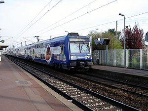 Une Z 20900 du RER C en nouvelle livrée Transilien en gare de Cernay à Ermont (Val-d'Oise).
