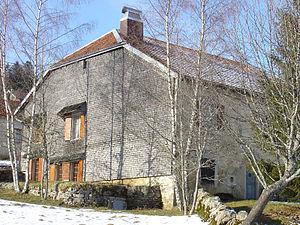 Facade en tavaillons (Haut Jura, France)