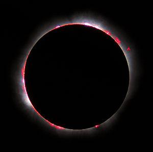 Chromosphère solaire visible en France lors de l'éclipse totale de 1999