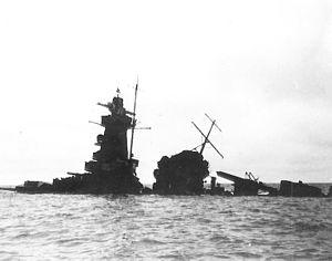 Le Graf Spee entrain de couler