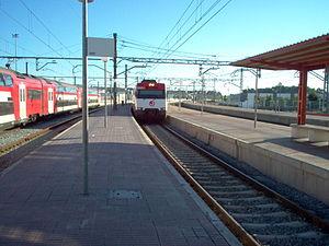 Rame UT 450 en gare