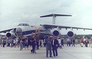 Vue du face d'un Il-76MF