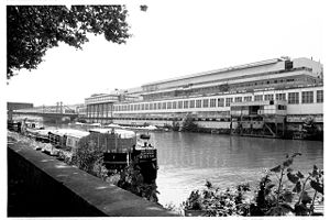 Usine Renault de l'Ile Seguin à Boulogne Billancourt