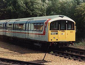 Rame Classe 483 n° 483001 en 1989.