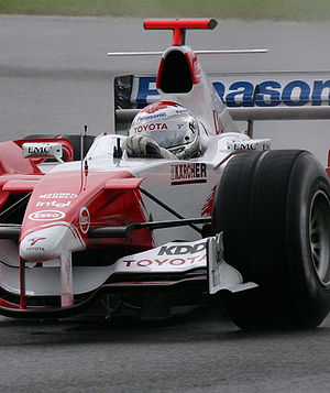 Jarno Trulli sur Toyota TF105