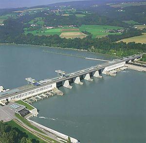Centrale hydroélectrique de Ybbs-Persenbeug en Autriche
