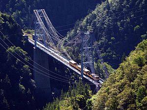 Pont Gisclard, le seul pont suspendu ferroviaire encore en service en France