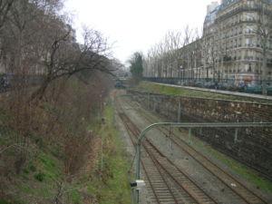 La ligne entre Pont-Cardinet et Pereire vue depuis le pont de la rue Alphone de Neuville (01/02/07).