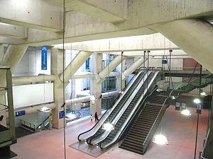 Salle d'échange de la station Haussmann Saint-Lazare