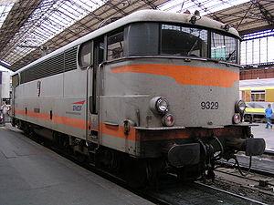 La BB 9329 en gare d'Austerlitz.