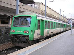 Le X 4720/XR 8717 en rénovation lourde TER Picardie à Paris-Nord (26/12/05).