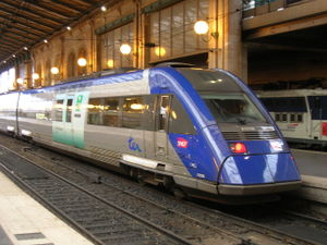 Le X 72729 � Paris-Nord.
