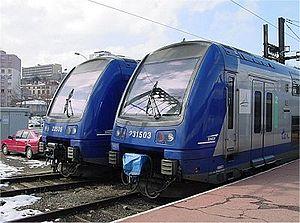Deux Z 23500 garées à Saint-Étienne-Châteaucreux (10/03/2005).