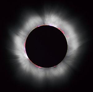 couronne solaire visible en France lors de l'éclipse totale de 1999