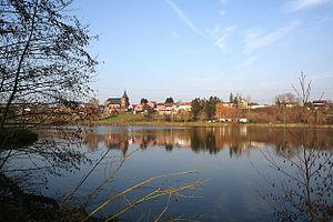 Un étang minier du Hainaut (Belgique).