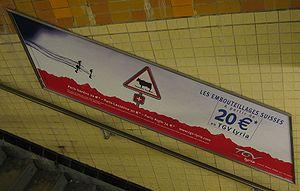 Publicité pour Lyria dans la station Charles de Gaulle - Étoile de métro parisien