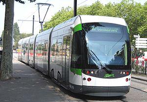 Le Tramway entre les stations Duchesse-Anne et Bouffay