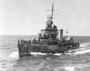 destroyer américain Aaron Ward (DD-483) pendant la Seconde Guerre mondiale