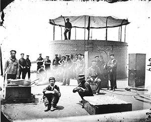 L'équipage cuisinant sur le pont du Monitor