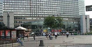 La porte oc�ane, fa�ade principale de la gare Montparnasse