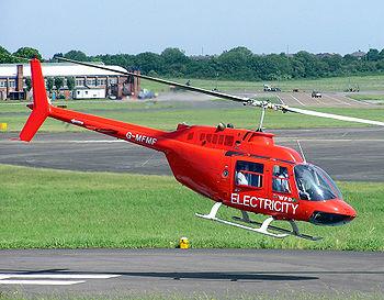 Bell 206B Jet Ranger III au décollage
