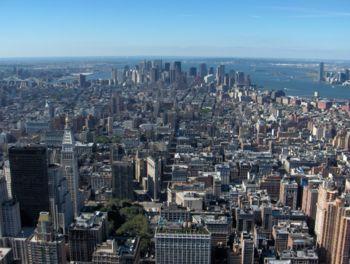 Vue sur Downtown Manhattan, depuis l'observatoire du 86e étage.