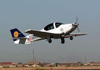 Un Grob G 120A de la 3e escadrille de formation de la Luftwaffe à Goodyear (Arizona)