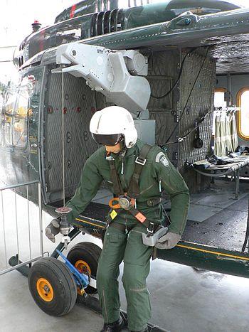 Treuil de sauvetage sur hélicoptère