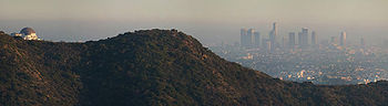 Downtown Los Angeles vue de l'Observatoire Griffith sur fond de smog