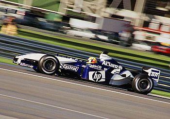 Ralf Schumacher au volant de la Williams FW25