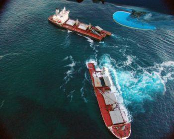 Le Seledang Ayu qui fit naufrage en décembe 2004 par fracture dans la cale no4.