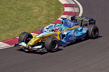 Sur la Renault R26 au GP du Canada 2006.