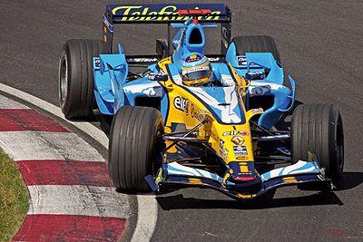 Fernando Alonso au volant de la R26 lors du GP du Canada 2006.