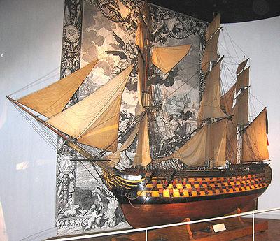 Modèle d'arsenal exposé au Musée national de la Marine
