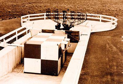Le radar du Touquet fut l'un des premiers installés sur un aérodrome français