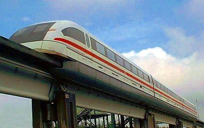 Le Transrapid 08 sur la ligne test d'Emsland en Allemagne