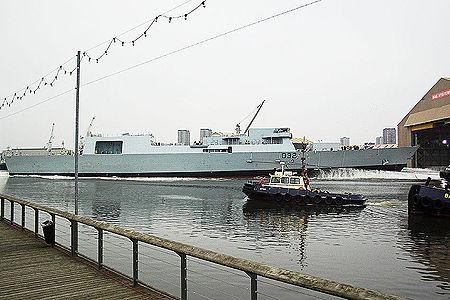 Lancement de l'HMS Daring sur la Clyde le 1er février 2006