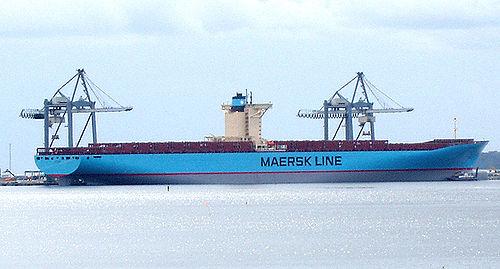 Le navire à quai