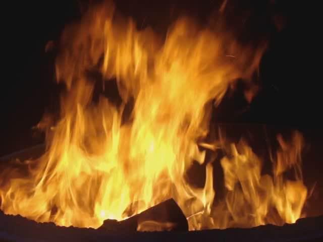 Fire burning.ogg