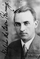 Ralph de Laer Kronig (1904-1995) professeurs de physique théorique en 1928 à l'université technique Delft, Pays Bas.