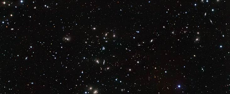 Des galaxies deviennent proches et intimes Eso1211a